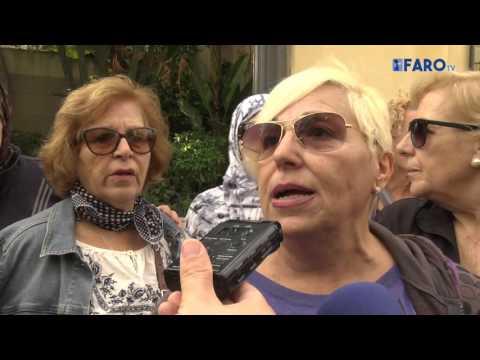 Usuarias del Centro Asesor de la Mujer vuelven a manifestarse por las malas instalaciones