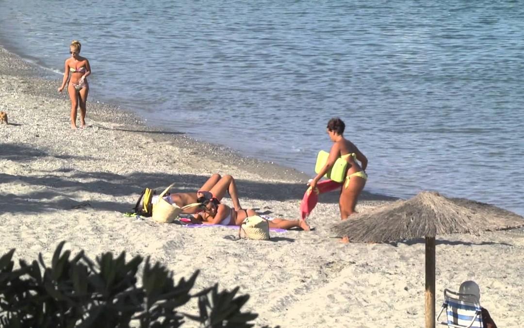Costas rehabilitará la escalera del Sarchal y otros tres accesos a playas