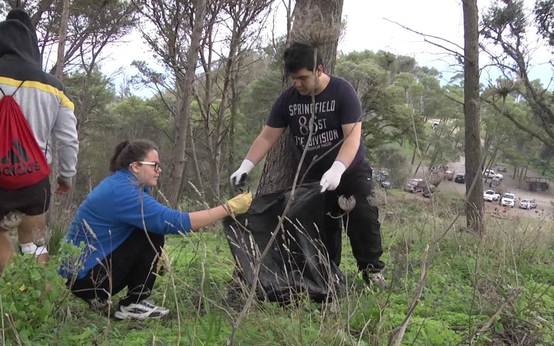 Jóvenes Caballas Reforestación