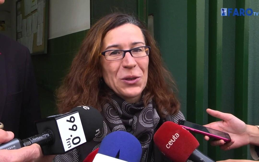 Bernardina Díaz votó a las 9:30 horas en el Miguel Hernández