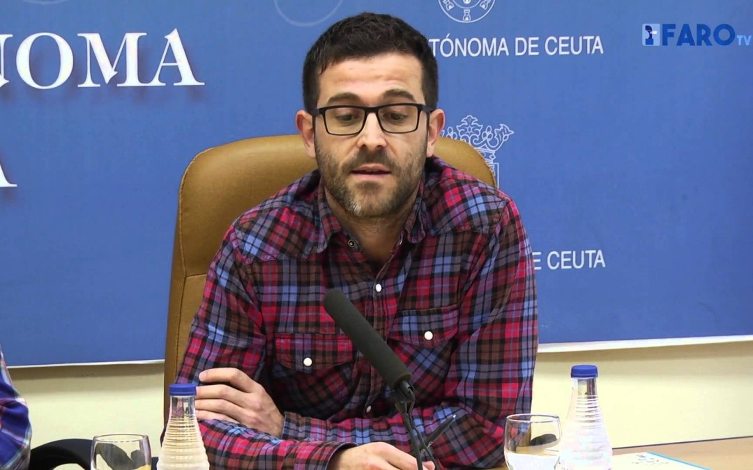 El autobús multimedia de Europa Transit llega a Ceuta para rodar un documental