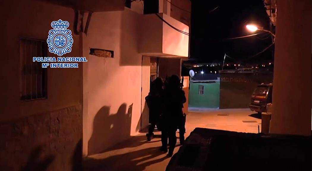 Imágenes del Ministerio de Interior de la operación antiyihadista en Ceuta
