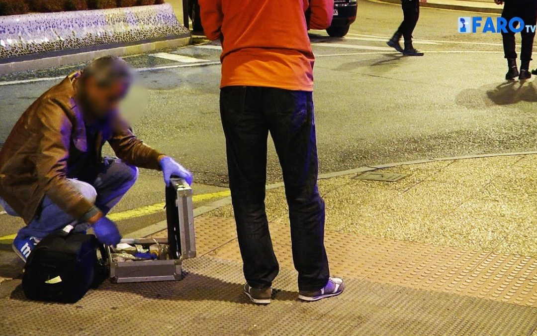 Un joven herido de bala al mediar en una pelea en el Paseo de Colón