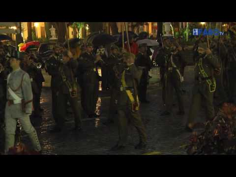 El Regimiento Mixto de Artillería arrió la Bandera Nacional