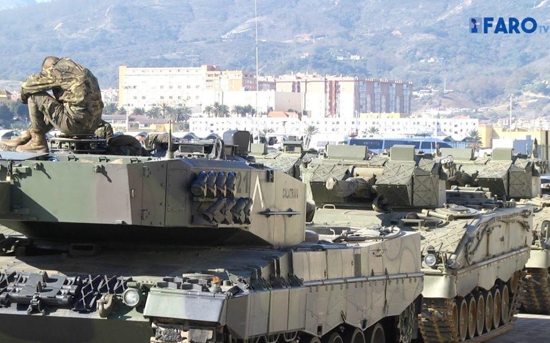 Un centenar de vehículos militares embarca rumbo a Albacete