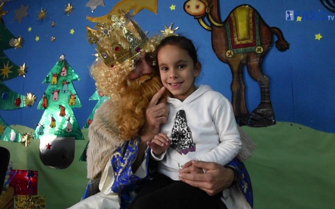 Los Reyes Magos visitan el 'Juan Morejón'
