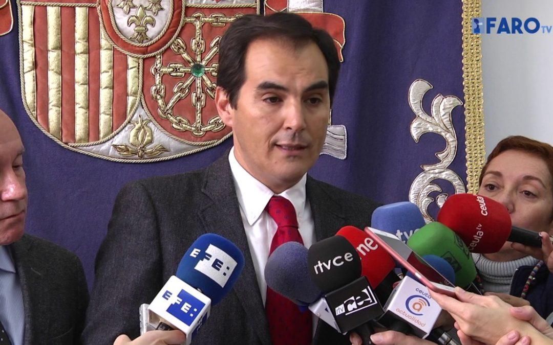 El secretario de Estado anuncia medidas urgentes tras reventarse las puertas del perímetro