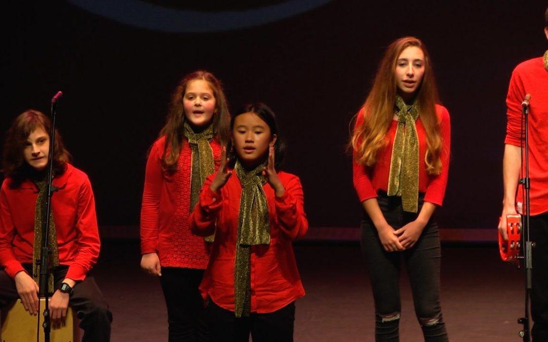 Los coros juveniles versionan la Navidad
