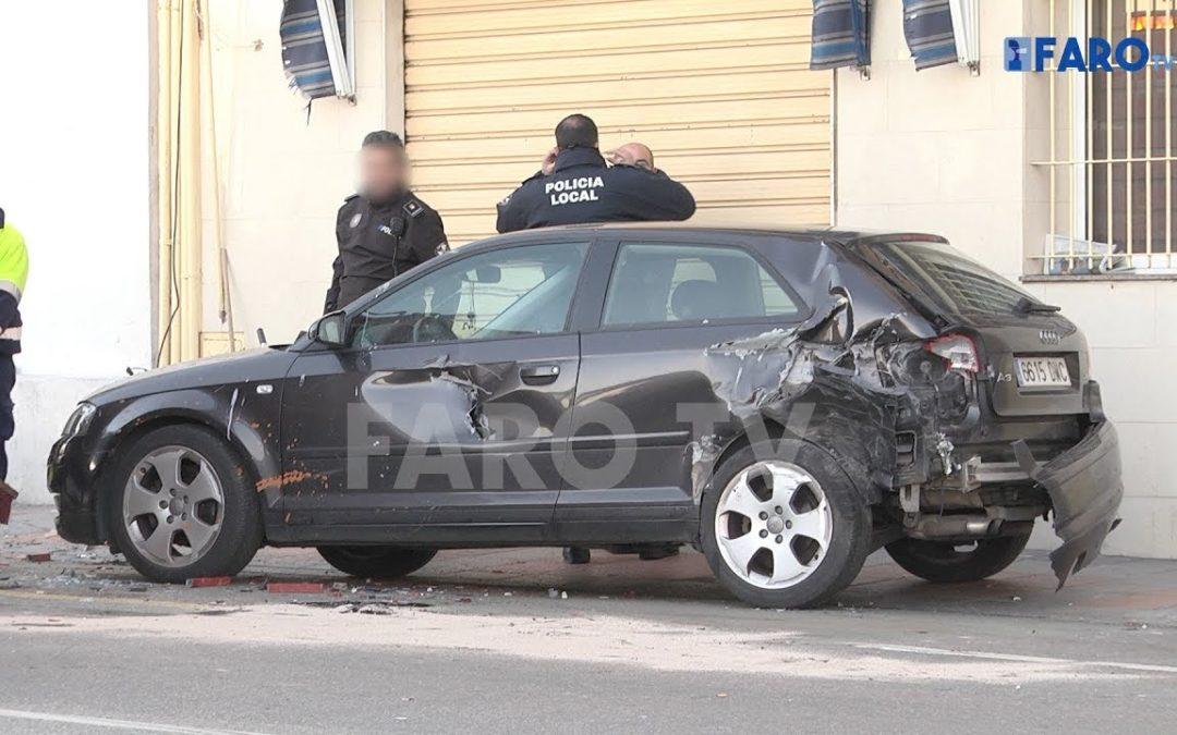 La terraza de 'Las Balsas', destrozada tras un accidente de tráfico