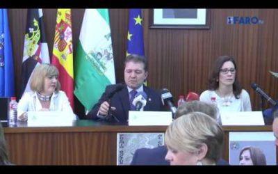 El Colegio de Médicos impulsa los premios 'Doctor Sánchez Prado' y 'Doctora Manuela Gómez'