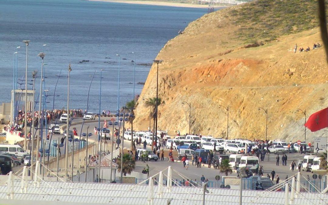 La odisea de cruzar la frontera de Ceuta con Marruecos