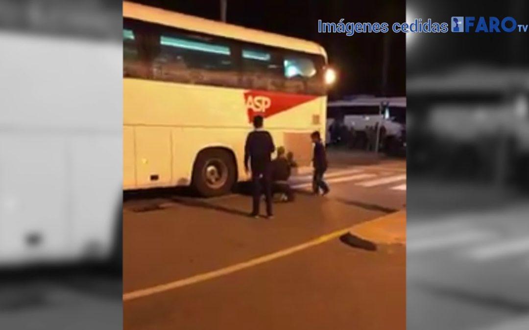 Desesperación por subirse a un autobús