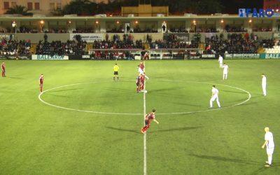 Willy rompe las tablas ante el rey del empate, Puente Genil, y gana por 2-0