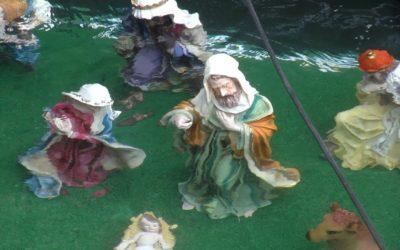 Los Zapadores colocan un Belén bajo las aguas del Foso de Ceuta