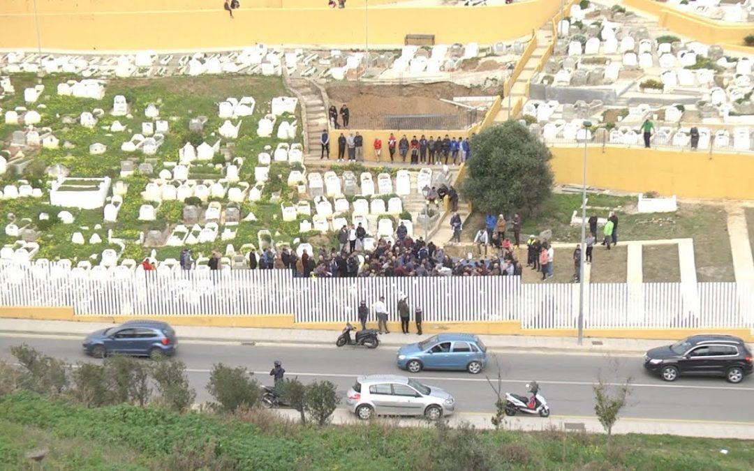 Enterradas las dos hermanas de Ceuta fallecidas en un accidente en Madrid