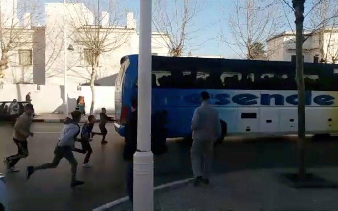 De Tetuán a Ceuta: así intentan colarse menores en un autobús
