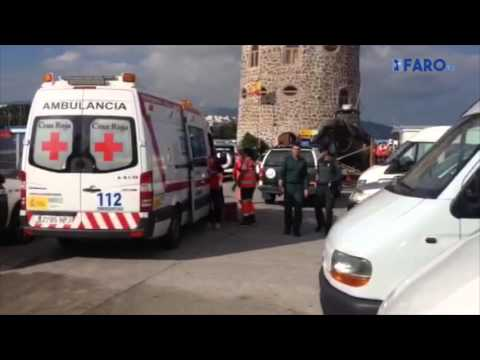 La Guardia Civil rescata in extremis a 13 inmigrantes en el mar