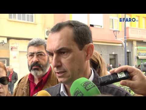El PSOE inicia la precampaña en el mercado de San José