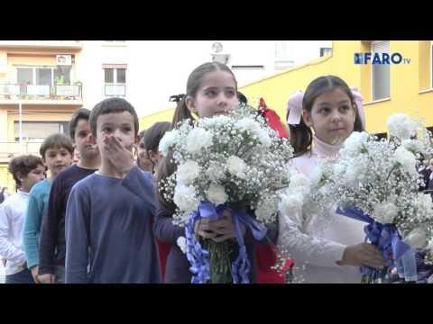Con flores a la 'Inmaculada'