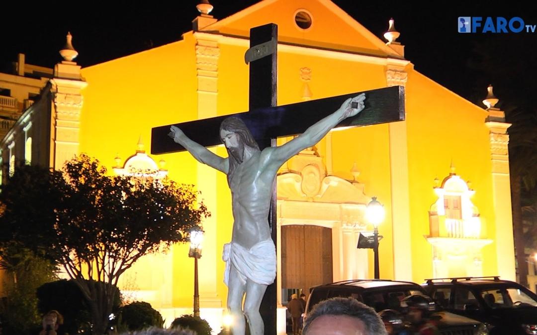 El Cristo de los Afligidos ya descansa en la parroquia de África
