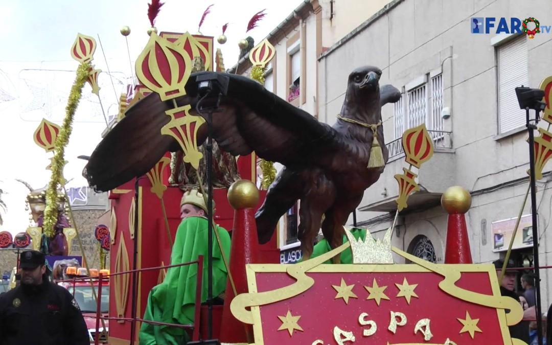 La cabalgata de los Reyes Magos desfila por San José y el Morro