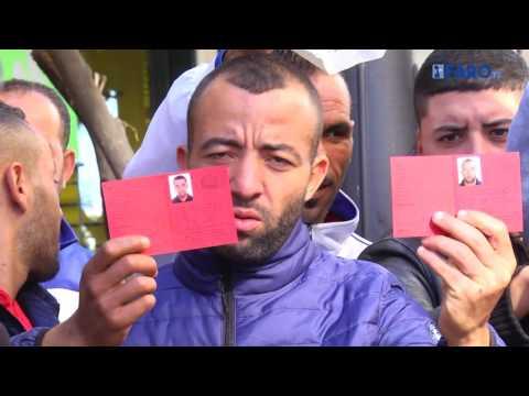 Manifestación de argelinos frente a Delegación