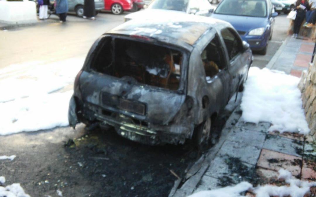 La 'moda' de los coches quemados