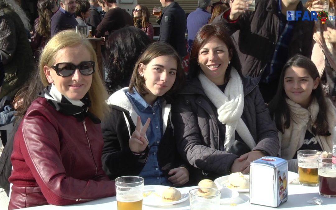 Ceuta sale a la calle en las horas previas a la Nochebuena