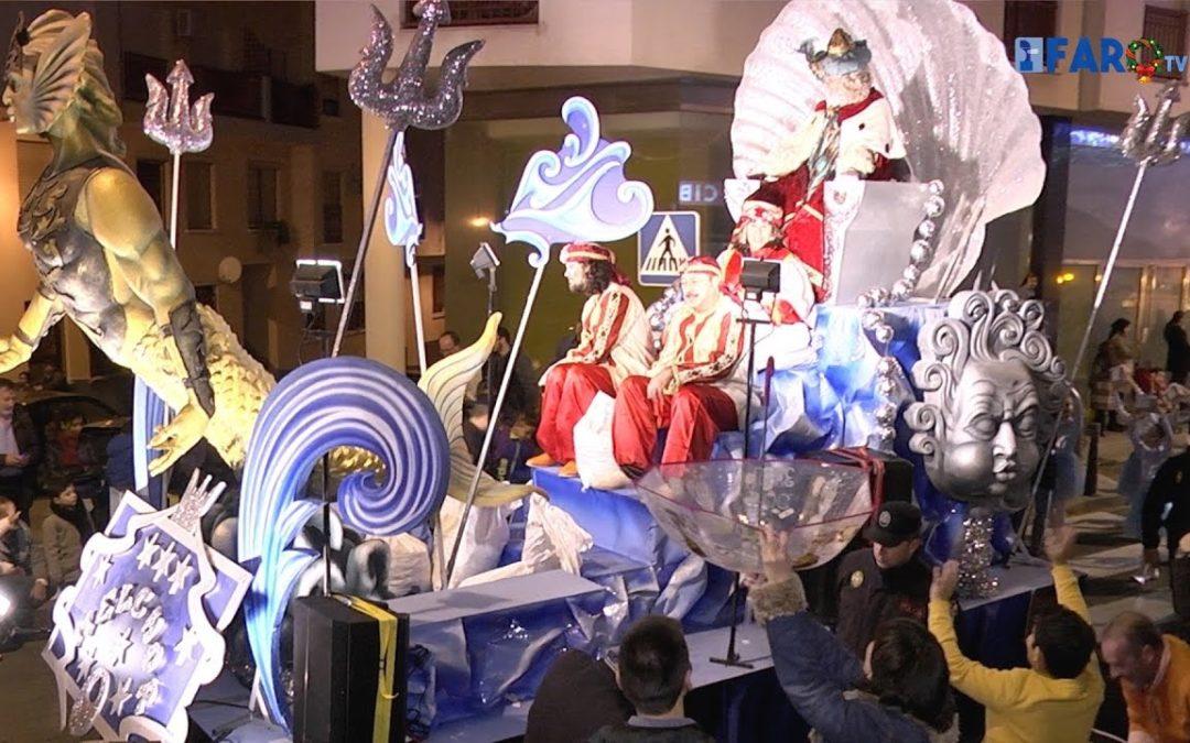 Los Reyes Magos recorren el centro de la ciudad