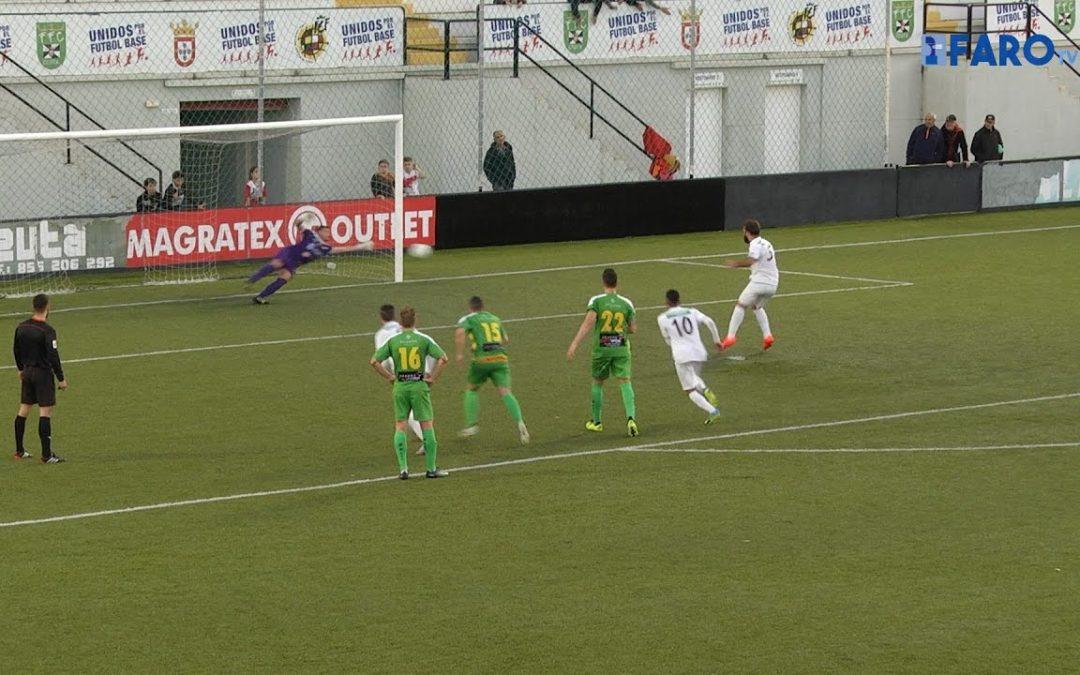 Victoria cómoda del Ceuta al derrotar por 3-0 a Los Barrios, penúltimo clasificado