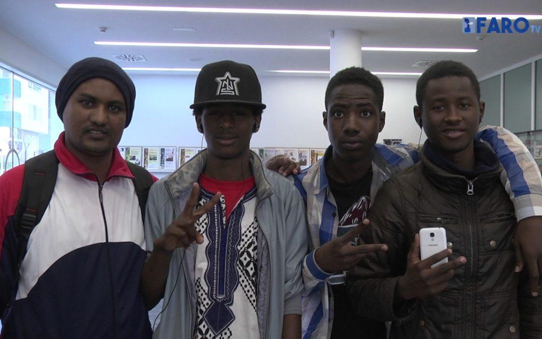 Los jóvenes del CETI 'llaman' a la Paz