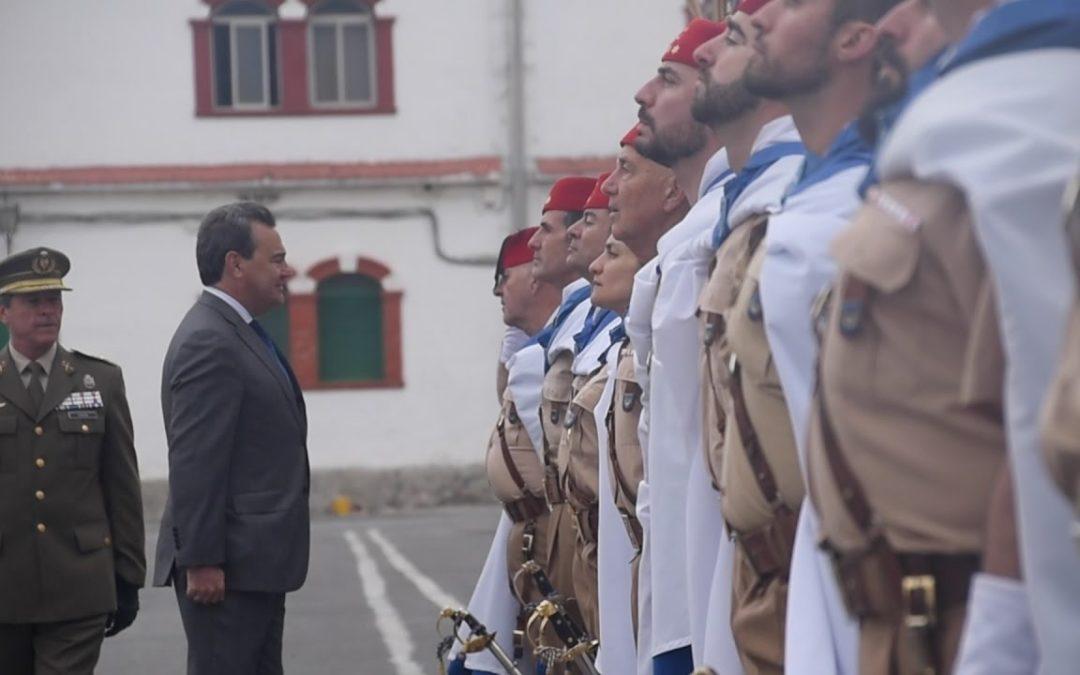 El secretario de Estado de Defensa preside un acto en Regulares