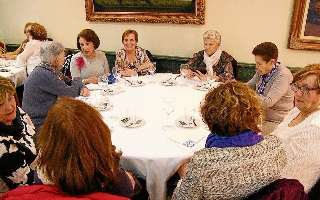 Unos 150 mayores se dan cita en el concurso de platos típico de Semana Santa