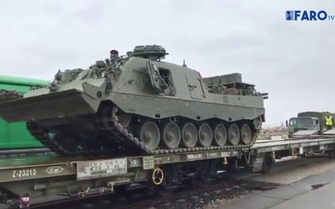 Desembarcan los vehículos de la Comandancia General en el puerto de Tarragona