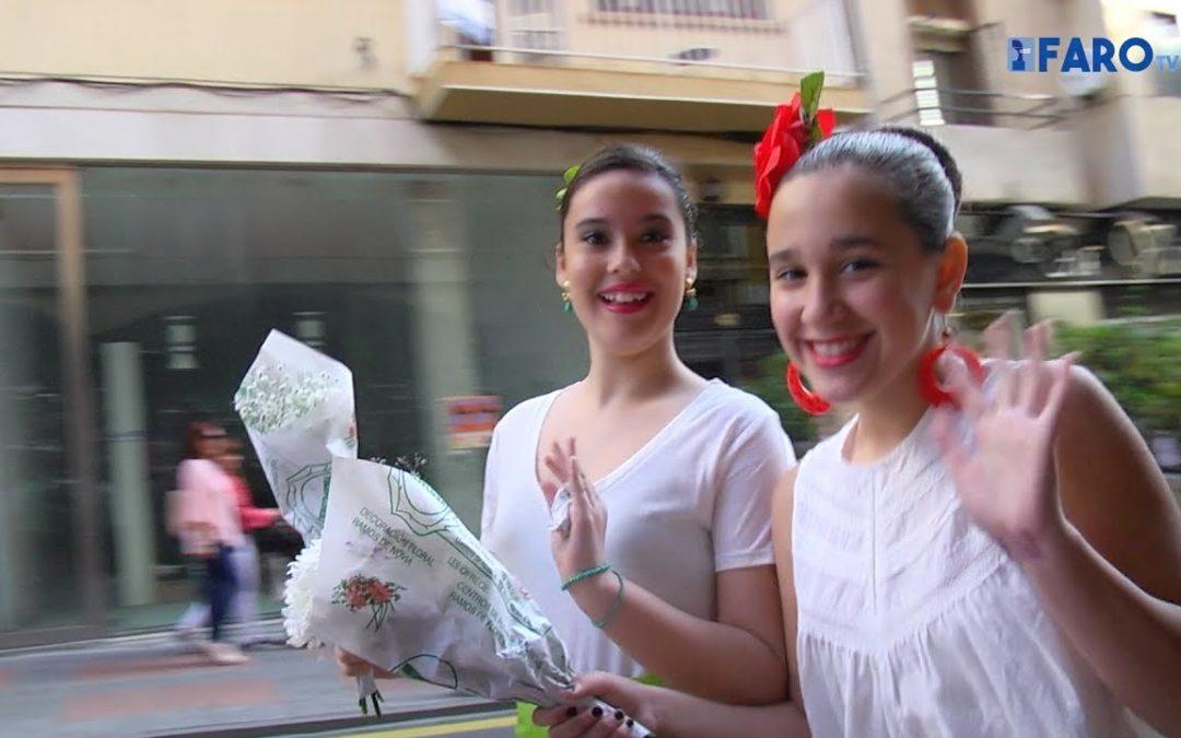 Ofrenda floral del 'Lope de Vega' a la Virgen de Los Remedios