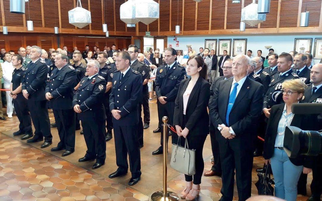La Policía Local celebra a su patrón con condecoraciones y reivindicaciones