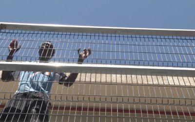 La convivencia en el CETI de Ceuta tras el salto masivo a la valla del 26J