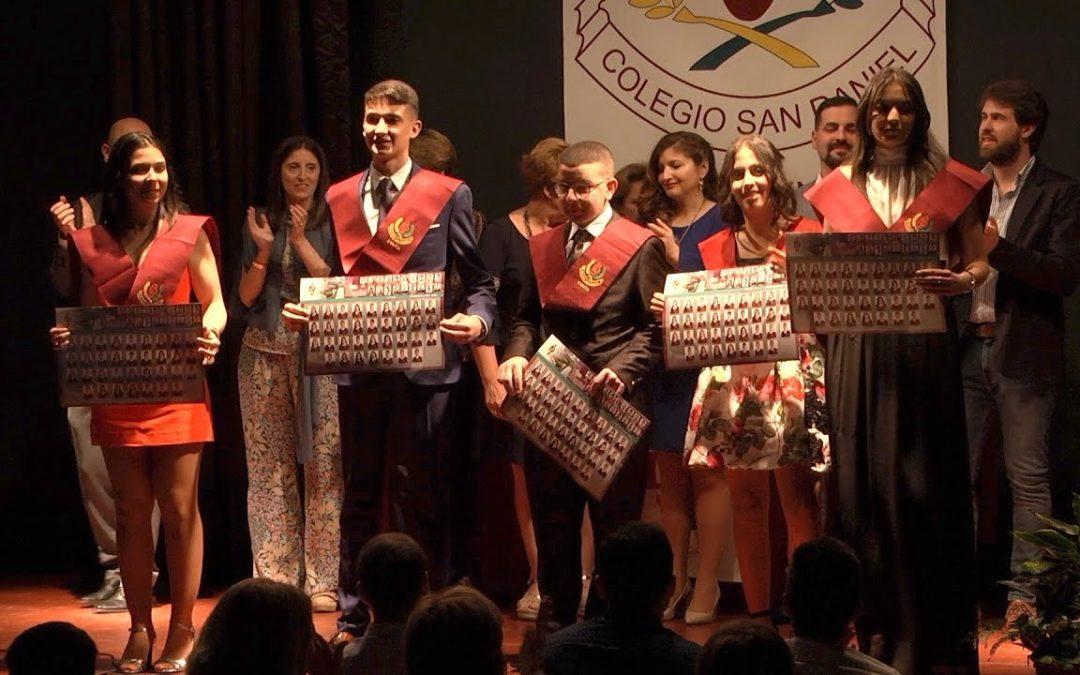 Graduaciones en el colegio San Daniel