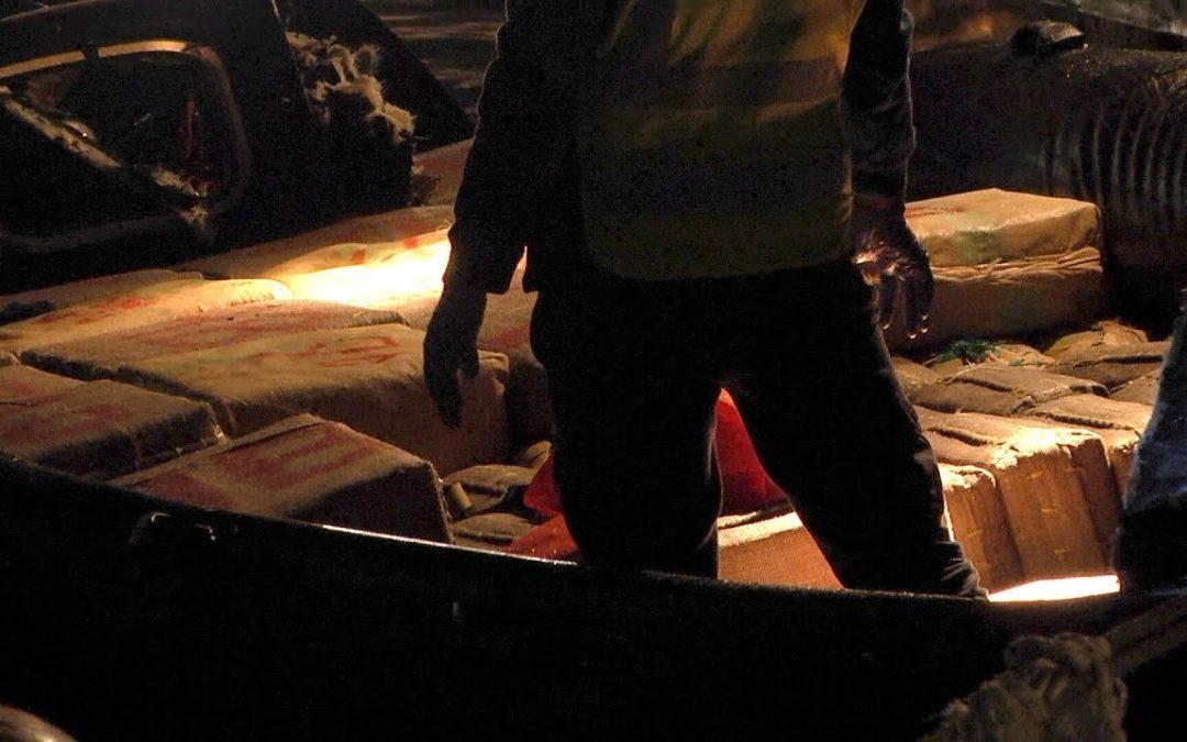 Persecución de la Guardia Civil en el Estrecho para interceptar tres toneladas de hachís