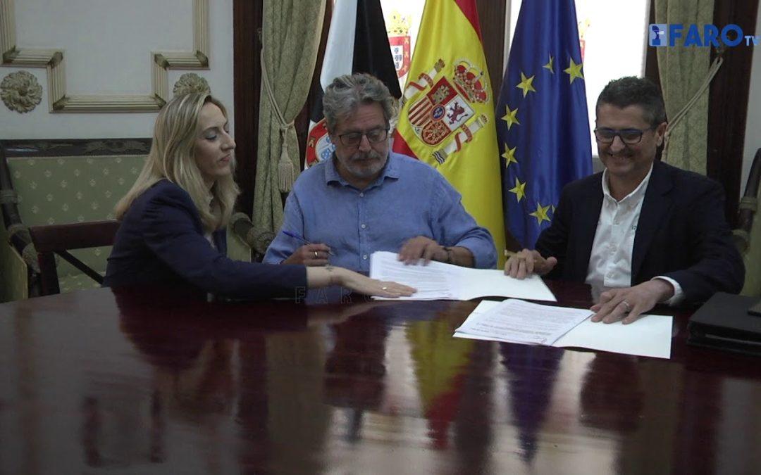 La Ciudad firma los convenios con las Federaciones de Fútbol y Natación