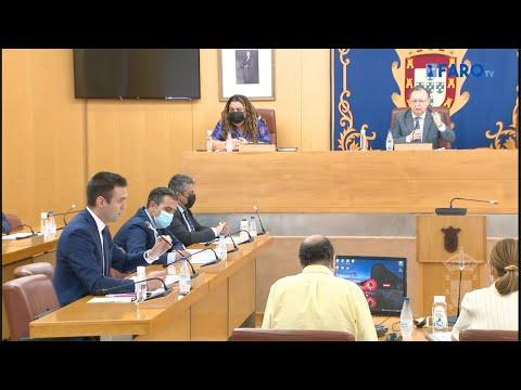 """Vivas suspende el Pleno ante los insultos de """"promarroquíes"""" de Vox"""